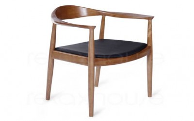 The Round chair by Hans J Wegner