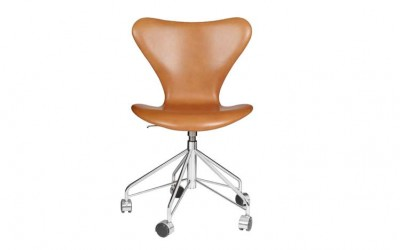 The Seven chair by Arne Jacobsen
