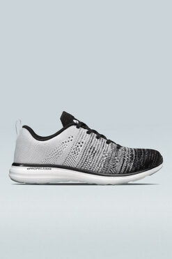APL Techloom Pro Trainers