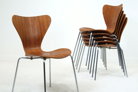 Stackable Seven Series chairs by Arne Jacobsen